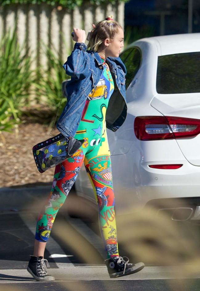 Miley Cyrus à Los Angeles le 27 juillet 2015