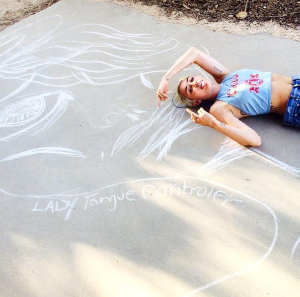 Miley Cyrus pose pour ses fans sur Instagram, le 22 juillet 2014