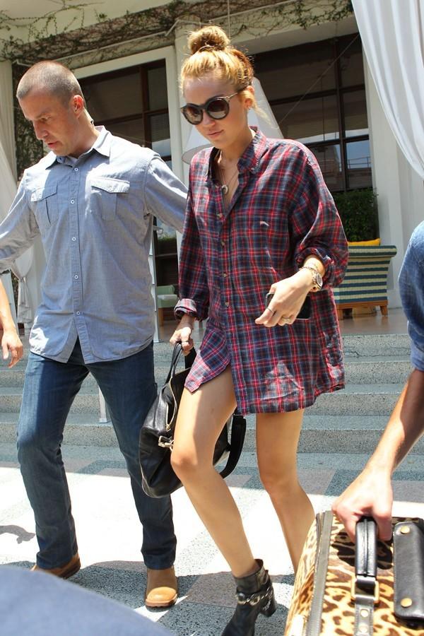 Miley Cyrus quitte Miami le 14 juin 2012