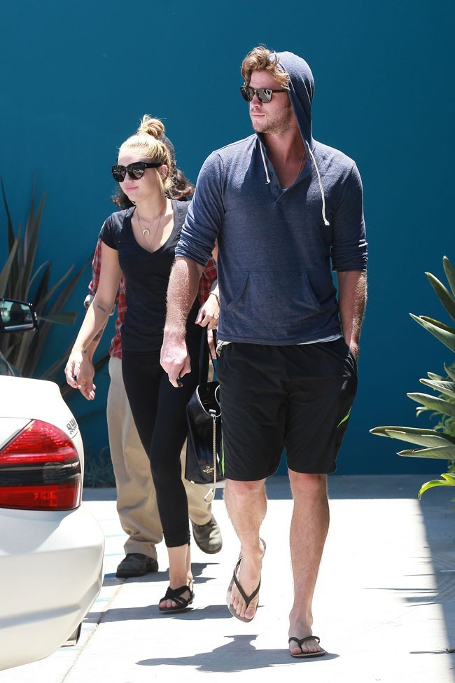 Miley Cyrus et Liam Hemsworth le 16 juillet 2012 à Los Angeles