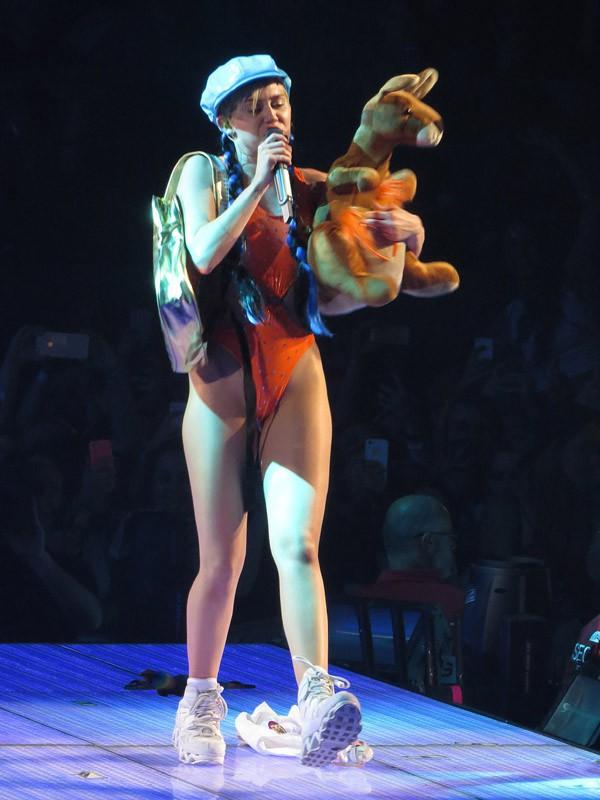 Miley Cyrus en concert à Melbourne le 10 octobre 2014