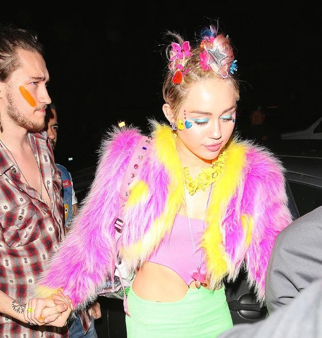Miley Cyrus à Santa Monica le 22 novembre 2014