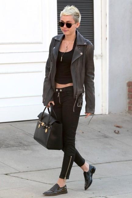 Miley Cyrus le 30 janvier 2013 à Studio City, en Californie