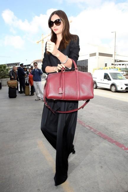 Miranda Kerr à l'aéroport de Los Angeles, le 1er mars 2012.