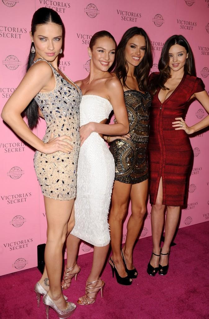 Avec toutes ses copines de Victoria's Secret !