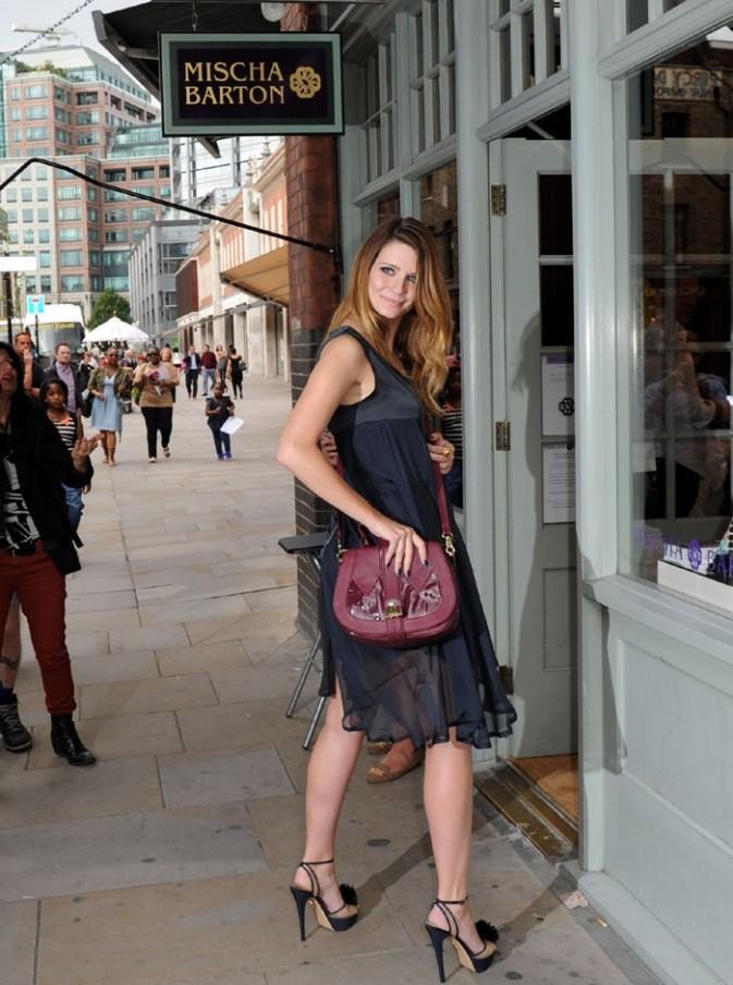 Mischa Barton à l'ouverture de sa boutique de Londres le 8 août 2012