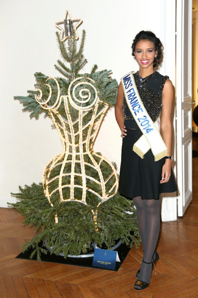 Préférez-vous Flora Coquerel (Miss France 2014) ?