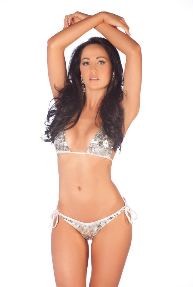 Candidate à Miss Univers 2011 : Miss Nouvelle-Zélande