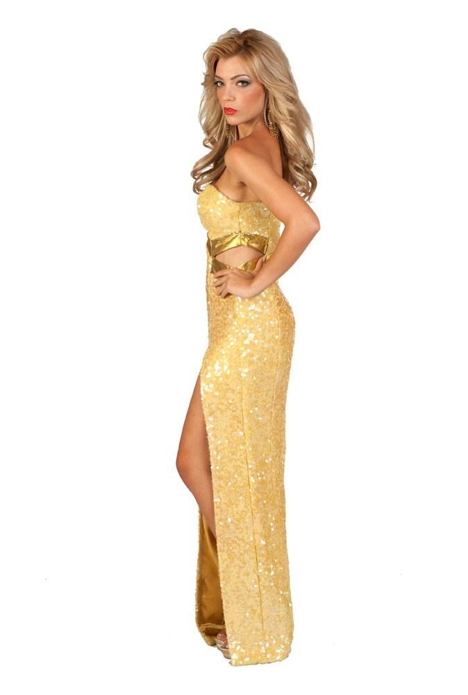 Miss Chypre en robe de soirée