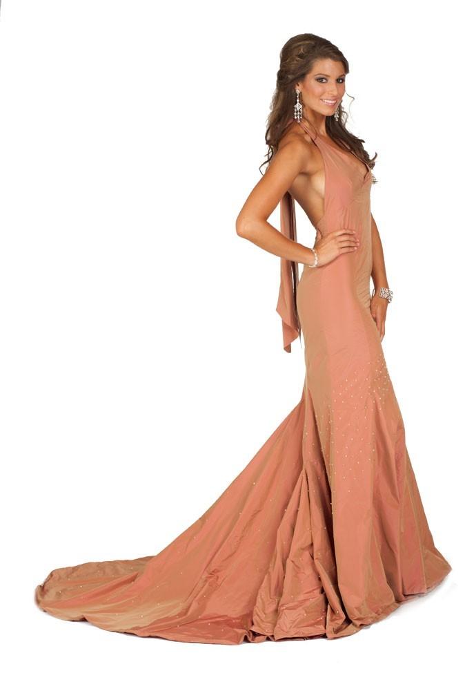 Miss France en robe de soirée