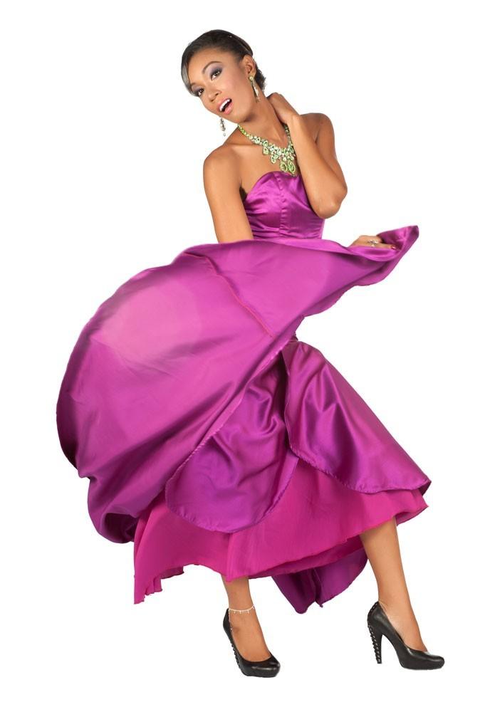 Miss Guyane en robe de soirée