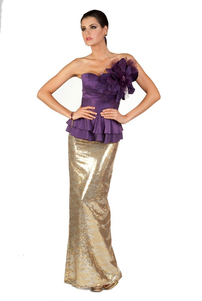 Miss Mexique en robe de soirée