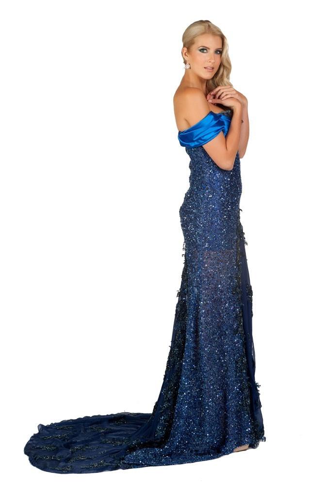 Miss République Tchèque en robe de soirée