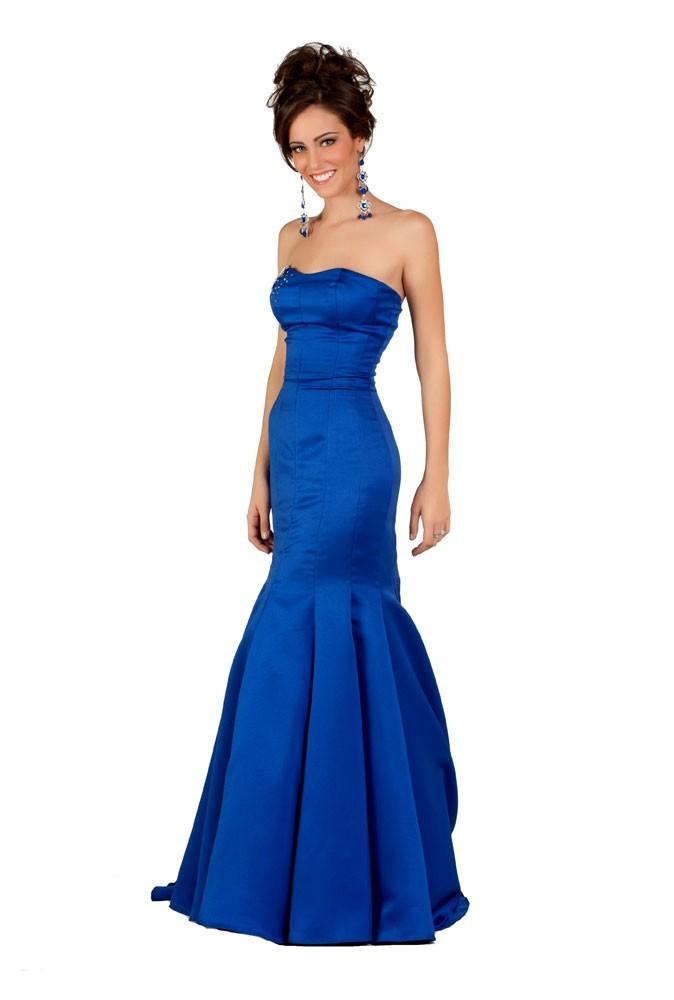 Miss Uruguay en robe de soirée