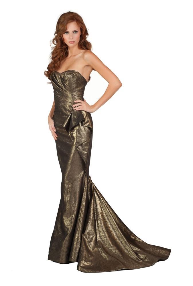 Miss USA en robe de soirée
