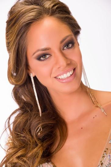 Hinarani De Longeaux éliminée dès le premier tour de l'élection de Miss Univers 2013 à Moscou le 9 novembre 2013