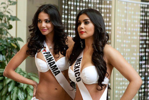 Miss Panama et Miss Mexique