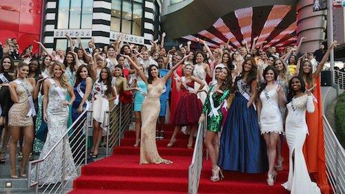 Photos : Miss Univers : Flora Coquerel : une bombe parmi les candidates !