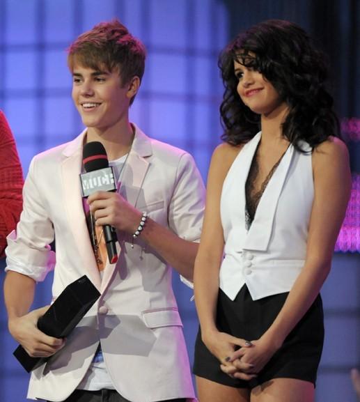 Justin Bieber et Selena Gomez, ensemble sur scène comme dans la vie !