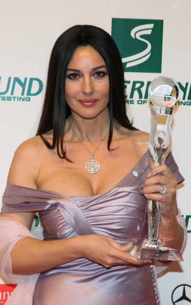 Monica Bellucci élue Femme de l'année en 2009