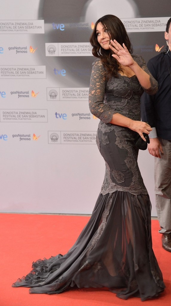Monica Bellucci et sa co-star Belcim Bilgin le 26 septembre 2012 à San Sebastian