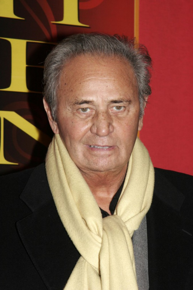 Photos : Mort de Roger Hanin : retour sur un acteur culte qui a marqué les Français !
