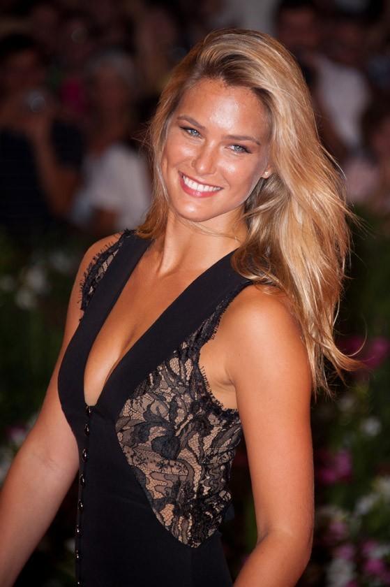 Plus jolie que Blake Lively, la nouvelle petite amie de Leonardo DiCaprio ?