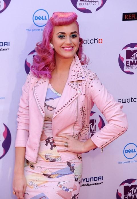 Katy Perry se prend pour une Barbapapa !