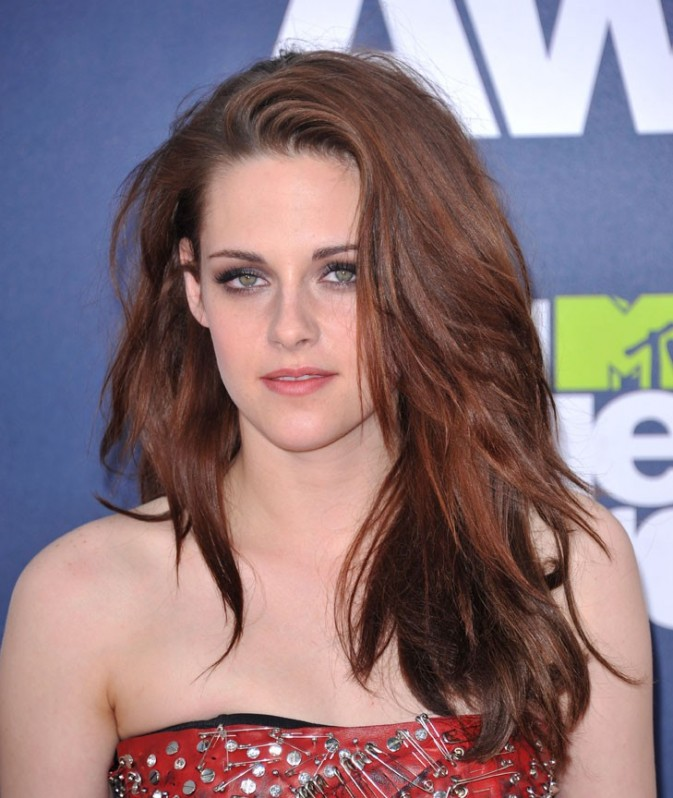Kristen Stewart divine lors des MVT Movie Awards 2011 !