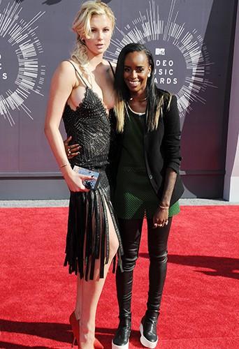 Ireland Baldwin et Angel Haze à Inglewood le 24 août 2014