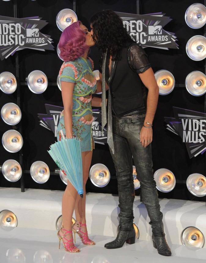 Katy Perry et Russell Brand lors des MTV VMA's 2011 à Los Angeles, le 28 août 2011.
