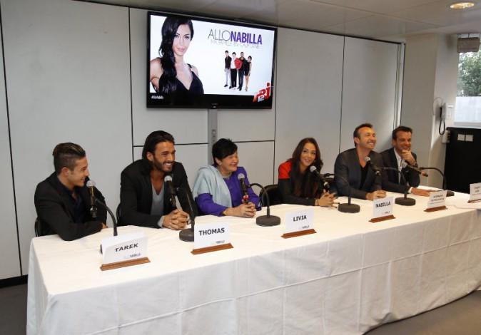 """Conférence de presse de la télé-réalité """"Allo Nabilla"""" à Paris, le 21 octobre 2013."""