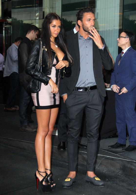 Nabilla Benattia et Thomas Vergara à Los Angeles, le 29 août 2013.