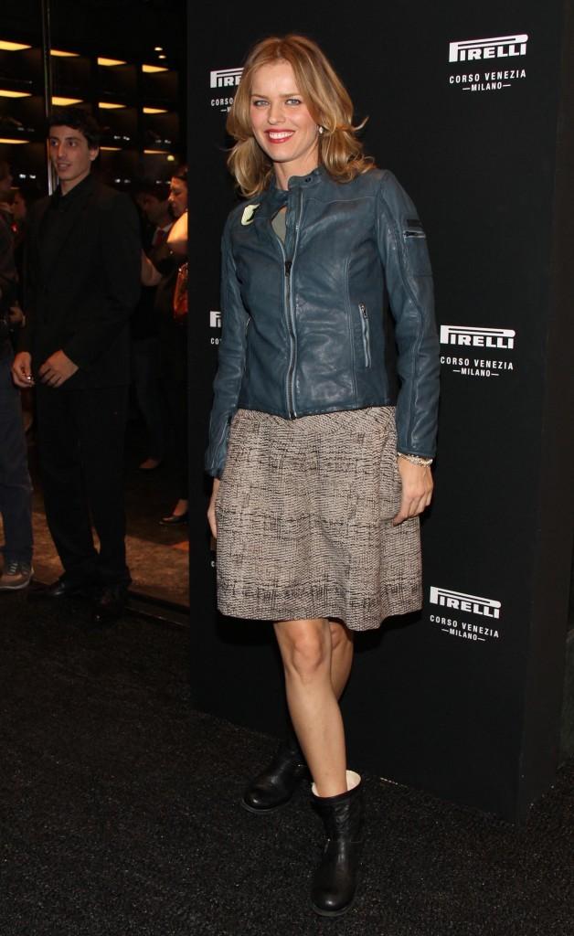 Eva Herzigova lors de l'inauguration de la boutique Pirelli flagship à Milan, le 20 septembre 2011.