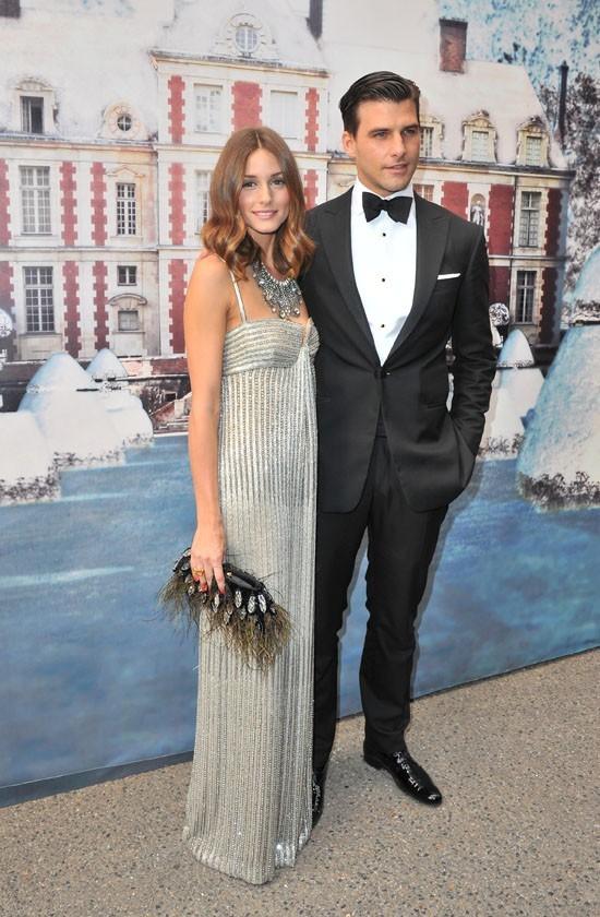 Olivia Palermo et son fiancé lors de la soirée White Fairy Tale Love Ball à Paris, le 6 juillet 2011.