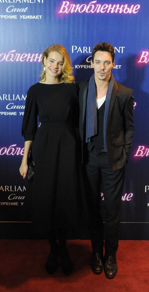Natalia Vodianova et Jonathan Rhys-Meyer le 15 novembre 2012 à Moscou