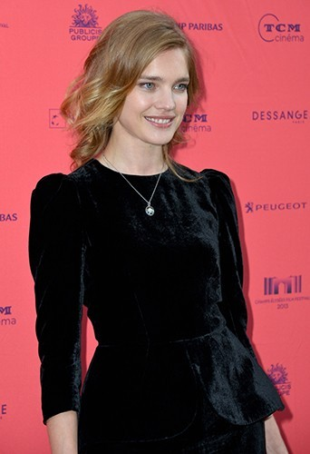 photos natalia vodianova sublime pour la premi re. Black Bedroom Furniture Sets. Home Design Ideas
