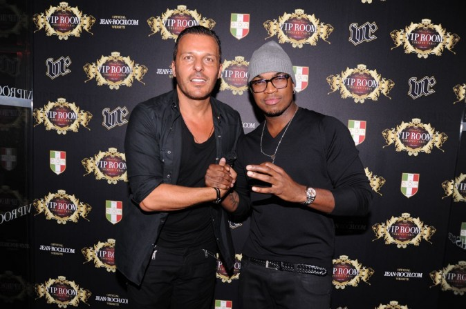 Ne-Yo et Jean-Roch au VIP Room Theater à Paris, le 7 octobre 2011.