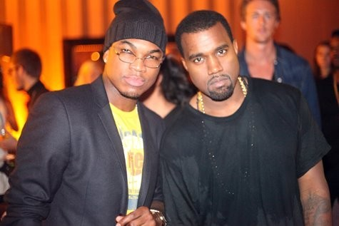Ne-Yo et Kanye West à L'Arc à Paris, le 7 octobre 2011.