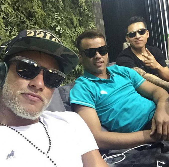 Neymar avec sa barbe blanche...