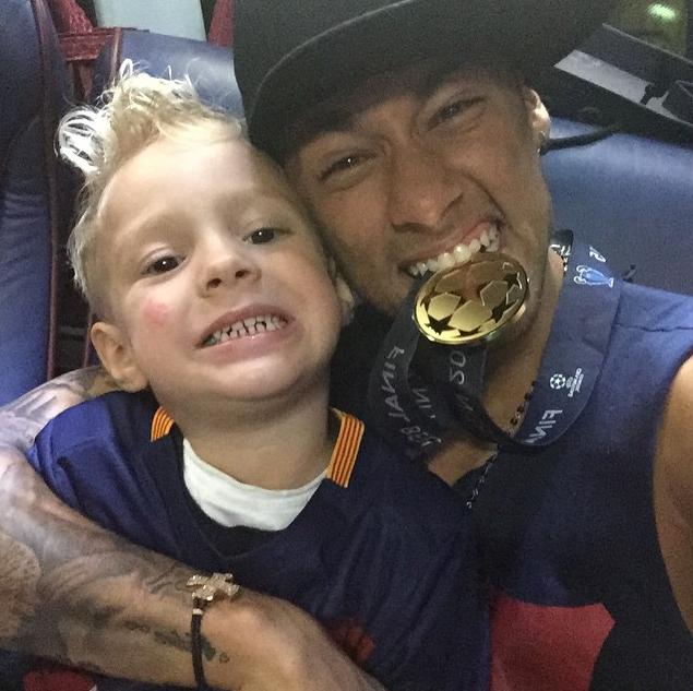 Neymar et son fils Davi Lucca