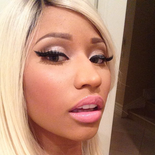 Nicki Minaj : ultra sexy en Alexander McQueen !