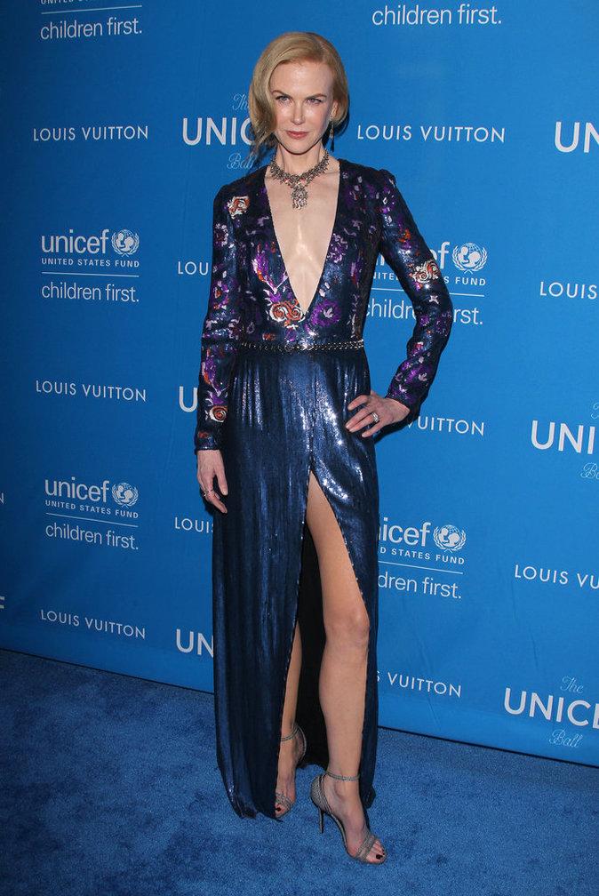 Nicole Kidman est resplendissante dans sa robe en strass
