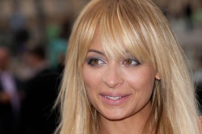 Nicole Richie se rendant au défilé Louis Vuitton à Paris, le 5 octobre 2011.