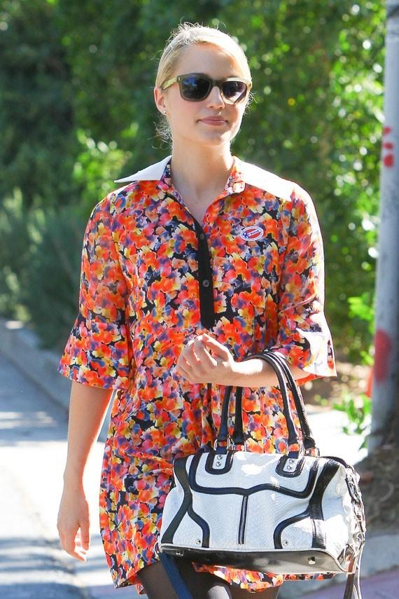 Dianna Agron à Los Angeles le 6 novembre 2012
