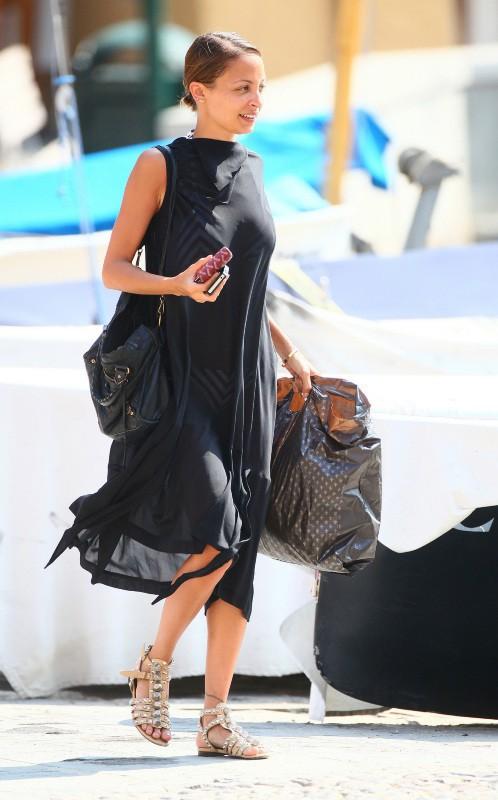 Nicole Richie en vacances en famille et entre amis à Portofino, le 16 juillet 2013.
