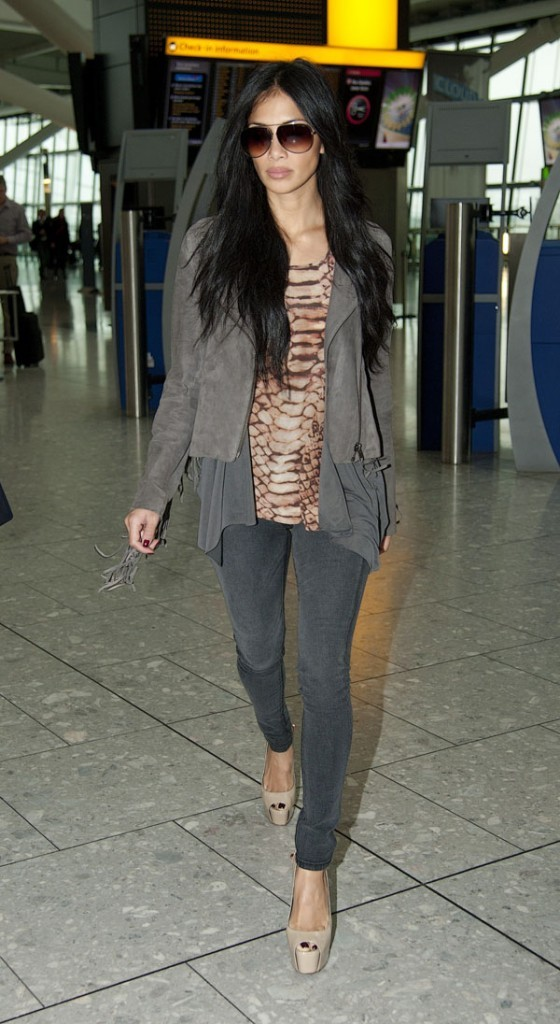 Nicole quitte Londres ...