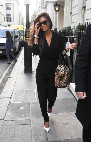Nicole Scherzinger se rend au Arts Club à Londres, le 15 octobre 2013.