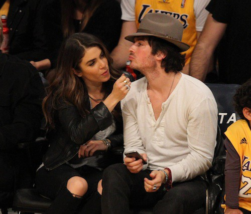 Photos : Nikki Reed et Ian Somerhalder : des amoureux très distraits !