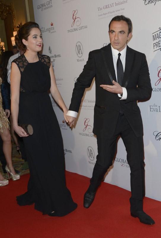 Nikos Aliagas et Anouchka Delon lors du Global Gift Gala à Paris, le 13 mai 2013.